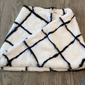 Anthropologie Sleeping on Snow Faux Fur Scarf